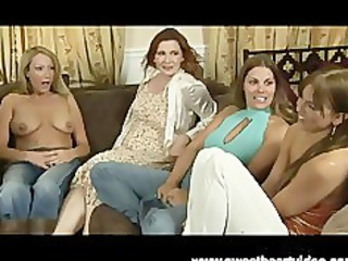 two woman homosexual women rub pussy til they cum