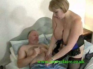brit mature babe gives elderly male thrill