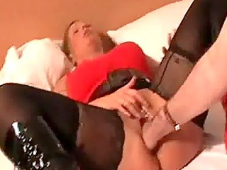 blond mature babe brutally fisted by a bodybuilder