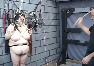 thick big beautiful woman slave hotty is